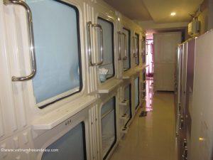 hotel-capsule-saigon-vietnam