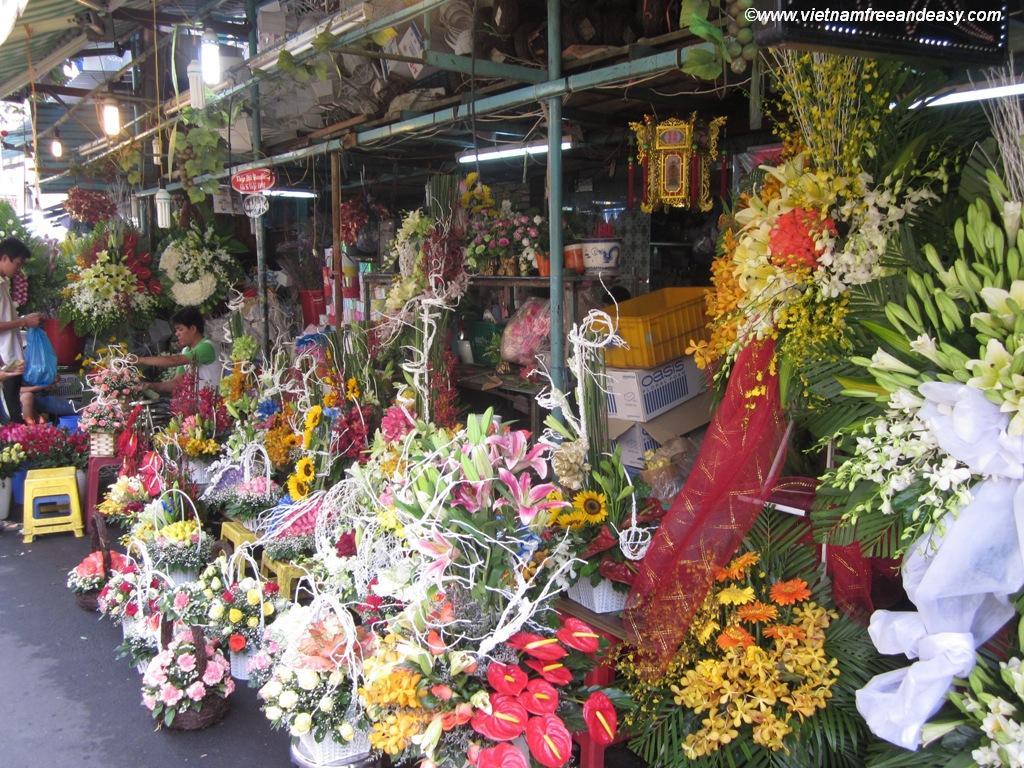 le march aux fleurs rue ho thi ky saigon. Black Bedroom Furniture Sets. Home Design Ideas